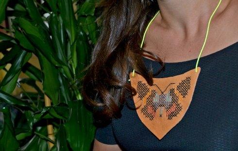 collar mariposa2