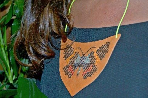 collar mariposa3